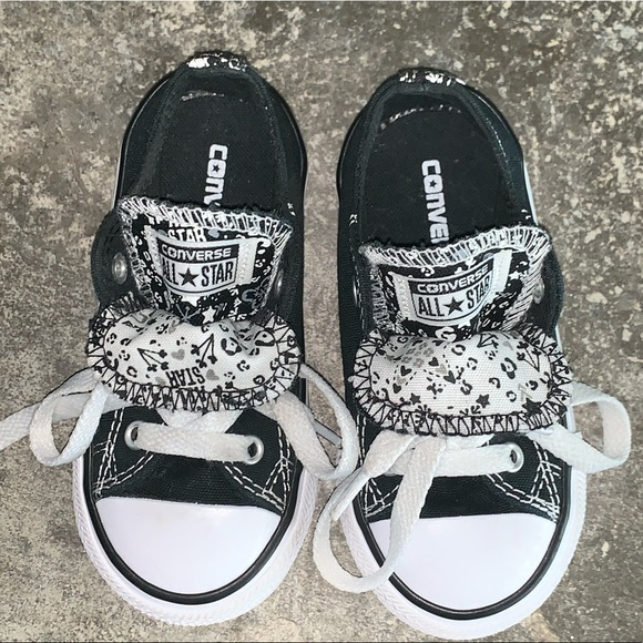 4fa12df567e9 Converse Other - Converse Double Tongue Black White Girls Sz
